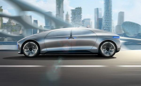 Mercedes-Benz F 015 Luxury in Motion Concept Debuts (фото + видео)