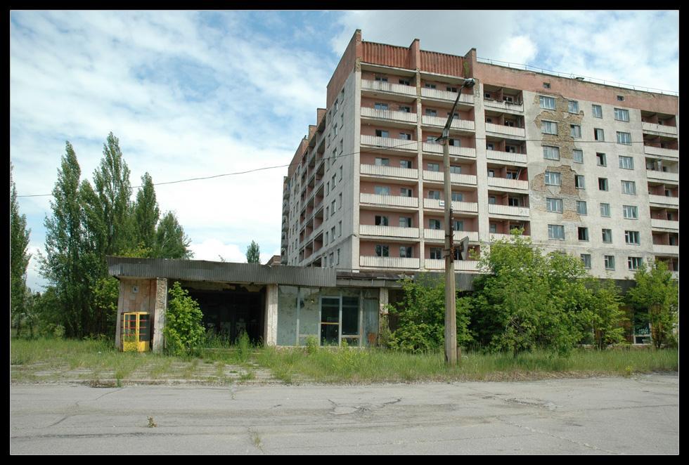 http://img.go2load.com/photo/01/ChernobylPripyat/002_ChernobylPripyat_Go2Load.com.jpg