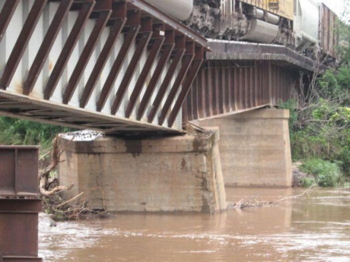 Страшный мост (7 фото)