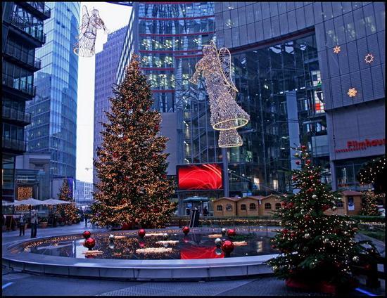 Города мира в Рождество и Новый год - Праздничное настроение