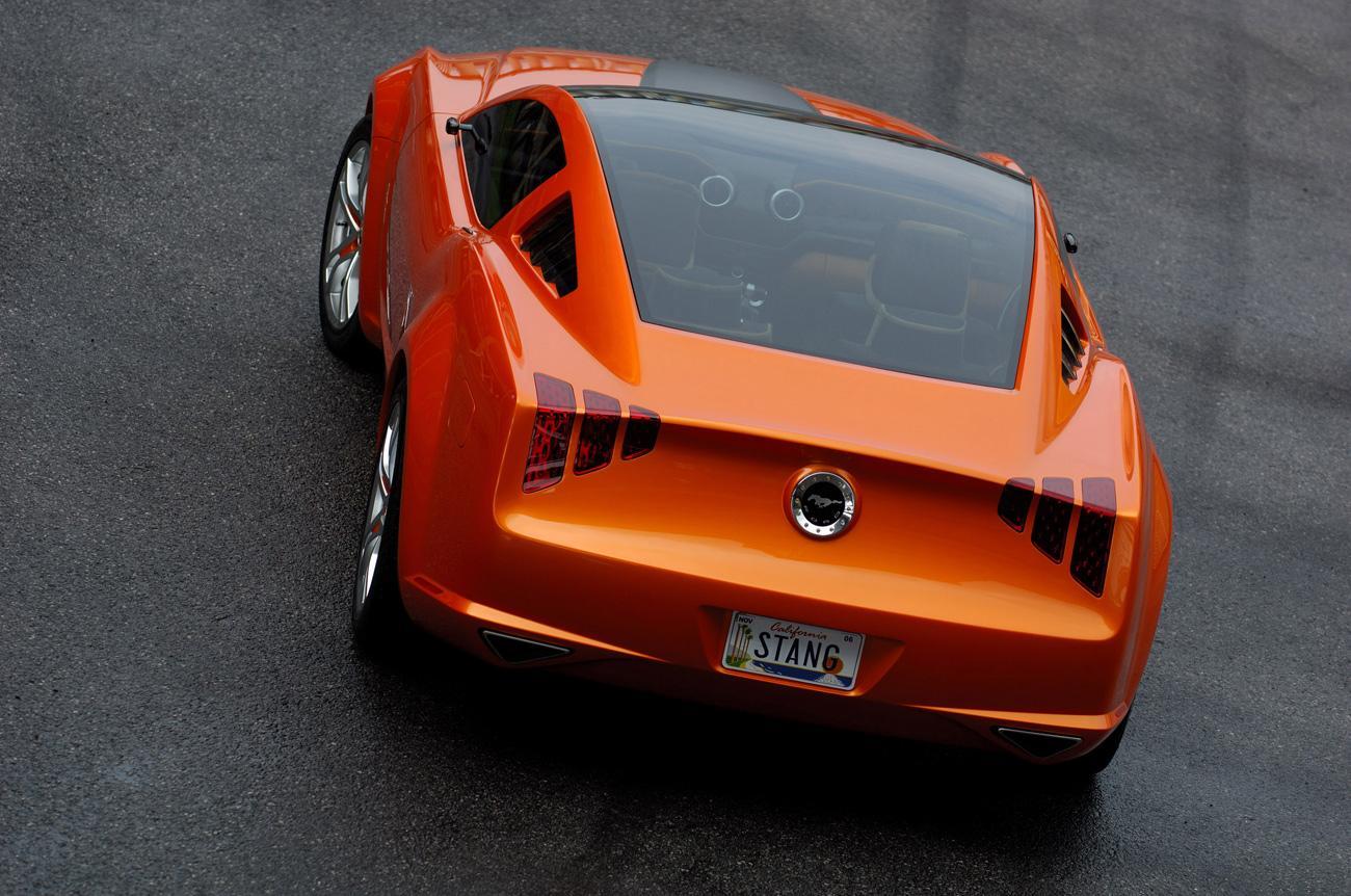 Концепт кар. Mustang по итальянски.